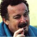 Enzo Baldoni con occhiali